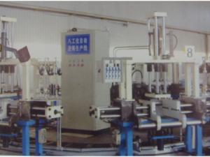 重力铸造机的缩孔的原因及解决方法